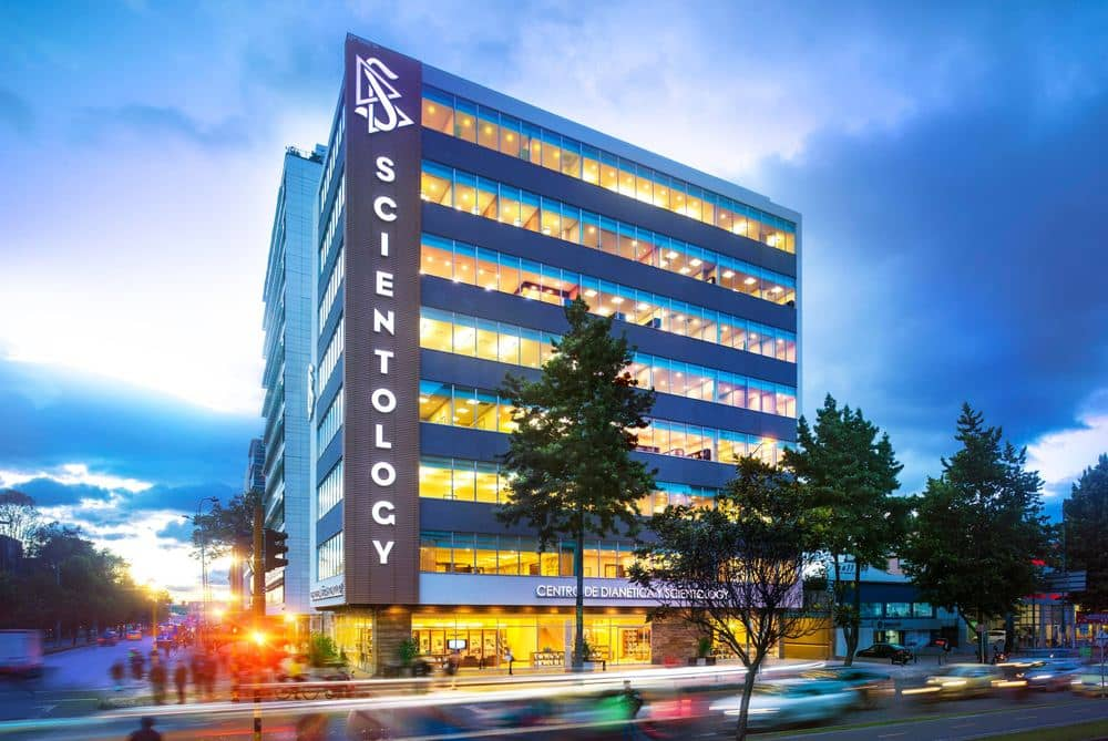 Scientology-Bogota-Exterior-Dusk-51136