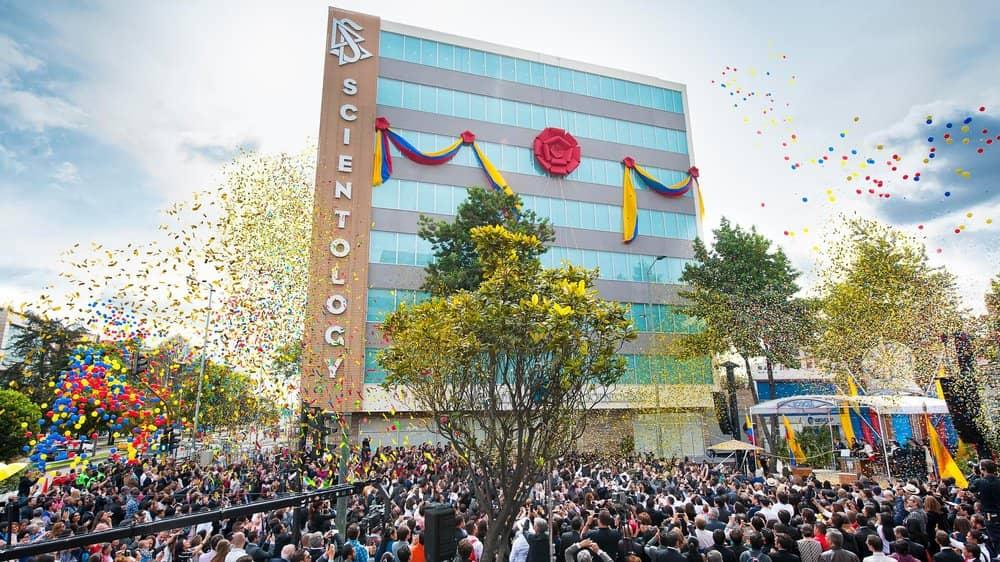 Scientology-Bogota-Grand-Opening-Ribbon-Pull